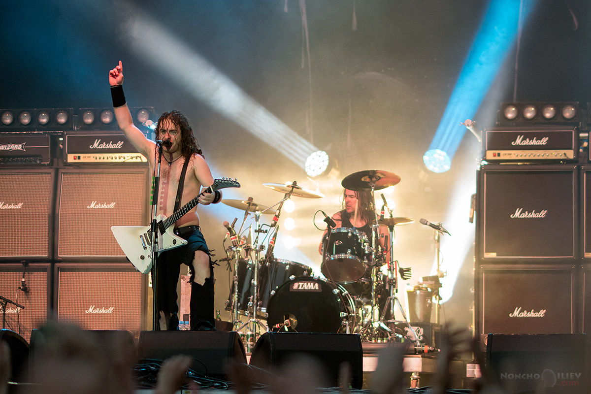 masters of rock 2016 airbourne