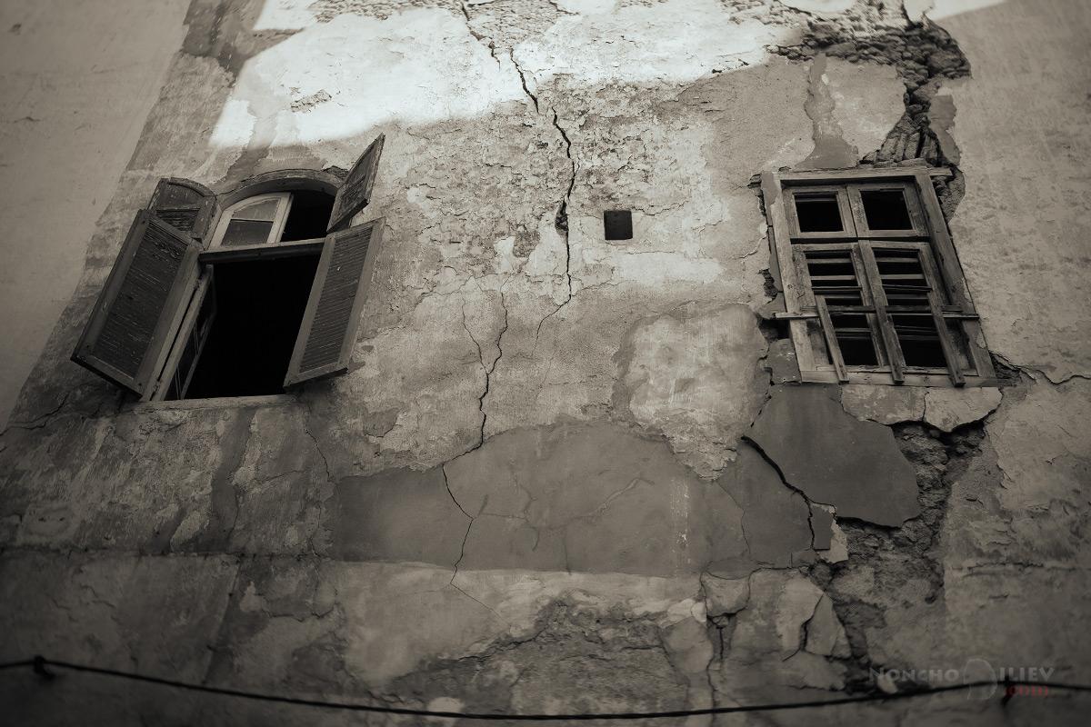 казабланка стари прозорци
