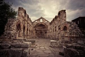 стара църква Несебър