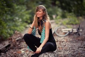 есен портрет с колело
