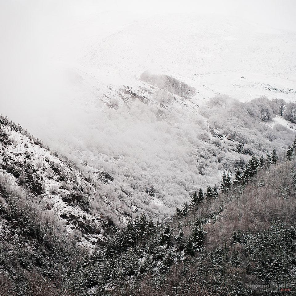 март зима сняг планина