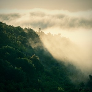 изгрев мъгла облаци лъчи родопи