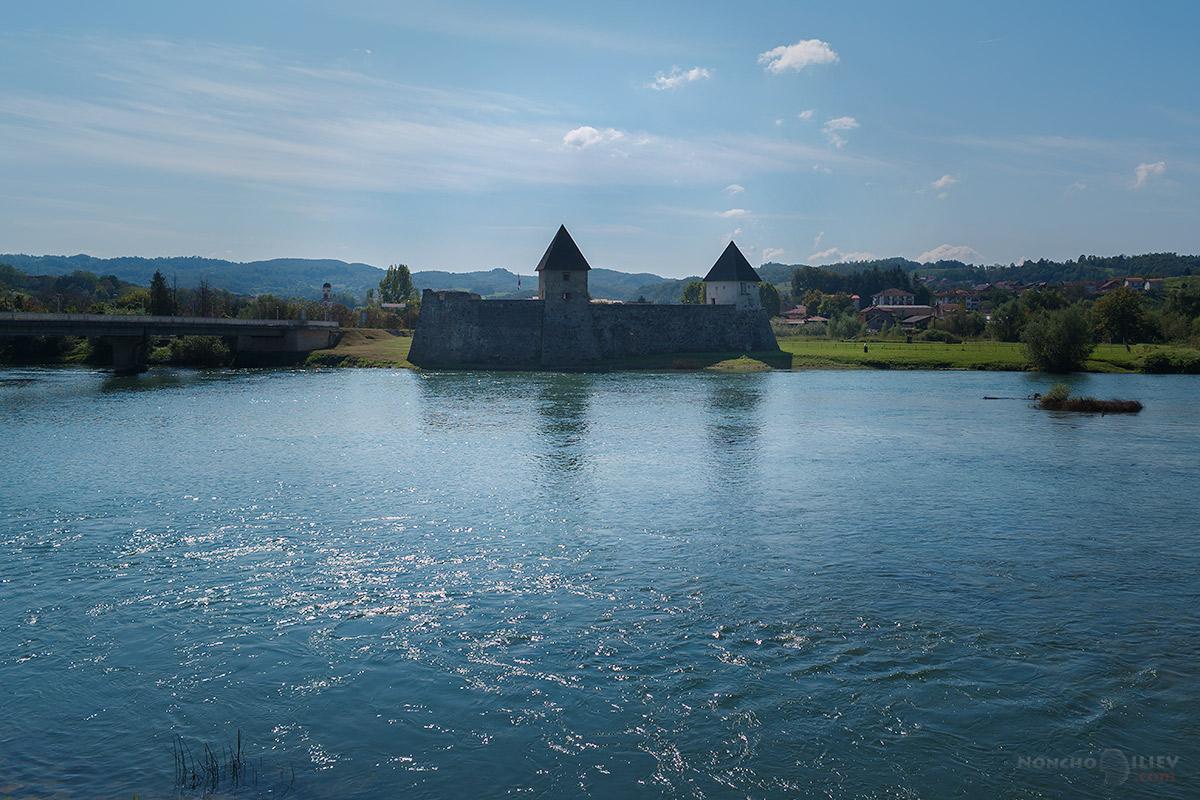 зрински град, хърватия / босна, река уна