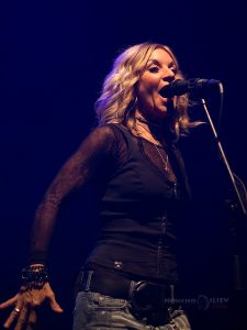 Sully Erna Lisa Guyer concert sofia bulgaria