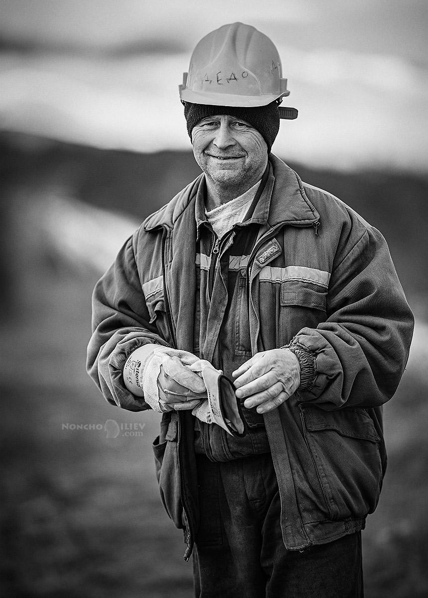портрет работник Никола