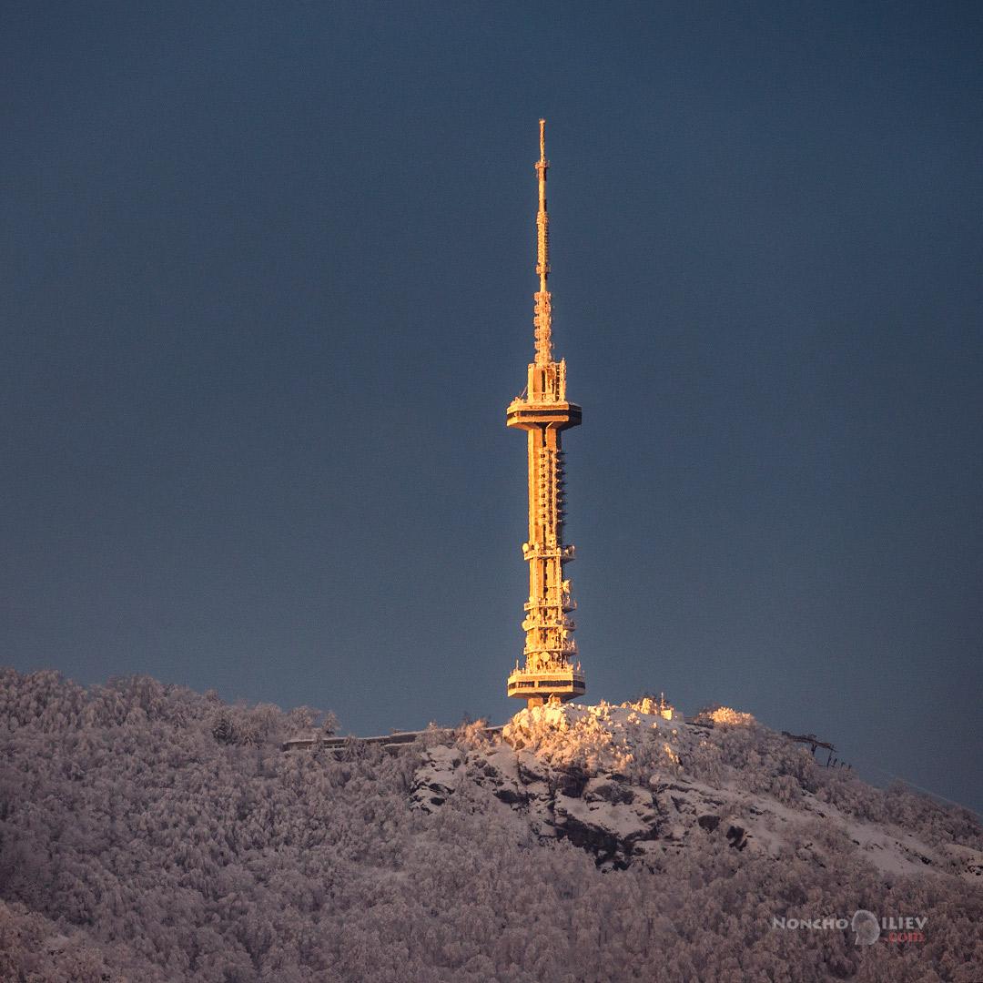 копитото ТВ кула