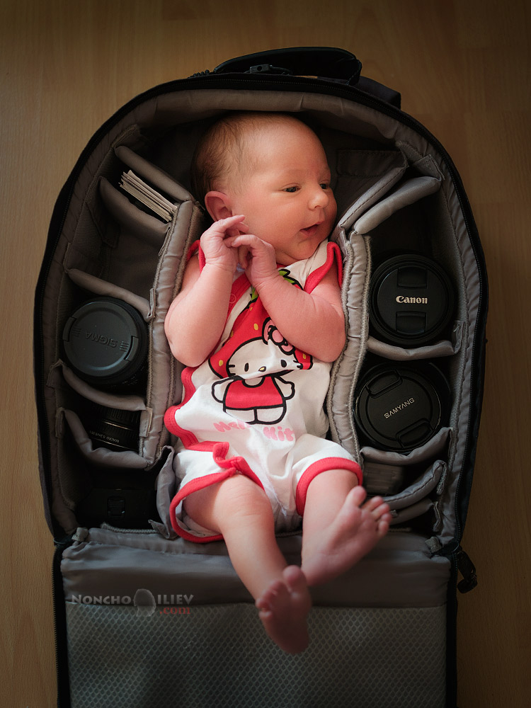 бебе в раница