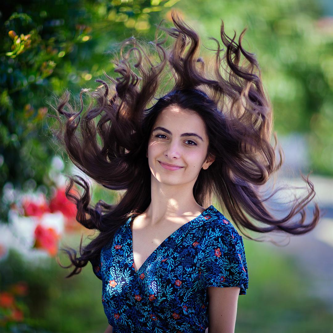 летен портрет коса