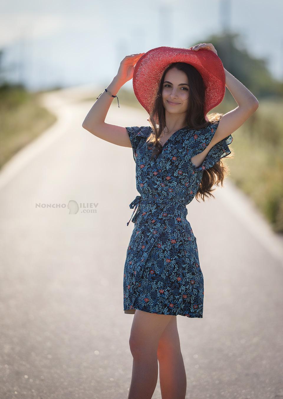 лято портрет път