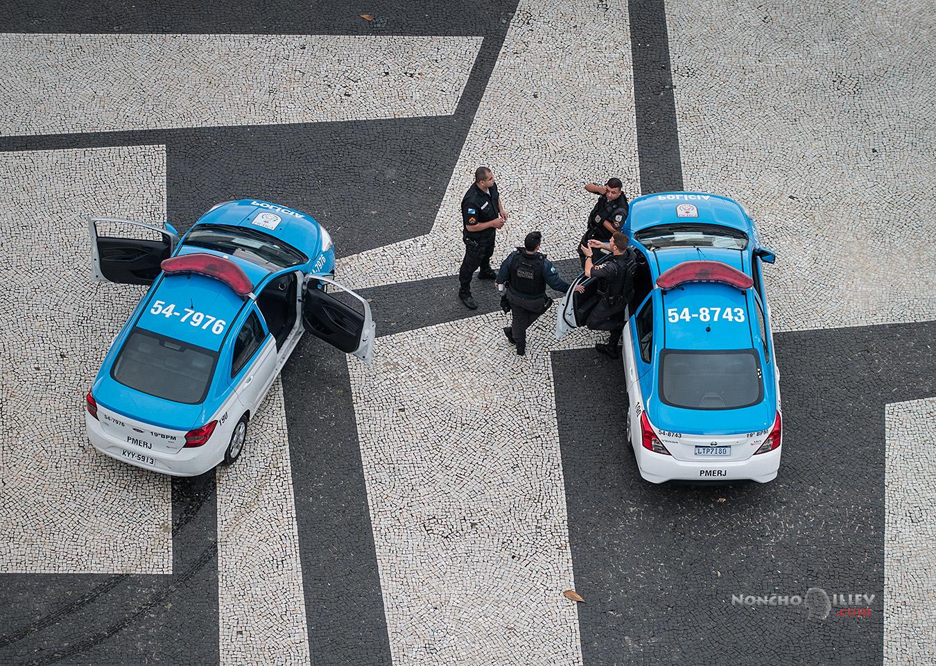 полицията на Рио